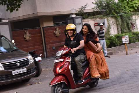 Vidya Balan - Manav Kaul snapped in the city