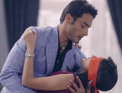 Rhea Sharma and Avinesh Rekhi in Tu Sooraj Main Saanjh Piyaji