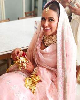 Neha Dhupia and Angad Bedi - Ring ceremony and Mehendi pictures