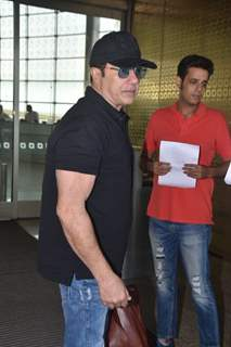 Bollywood actor Sunny Deol Spotted at airport