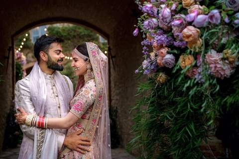 Virat Kohli and Anushka Sharma lovely couple Picture