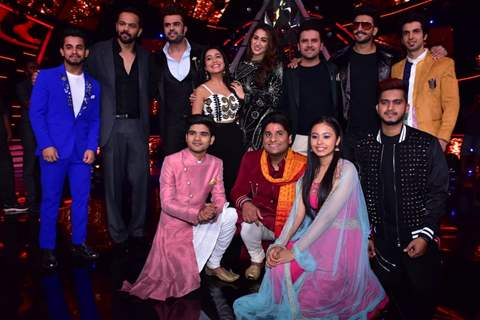 'Simmba' cast with Indian Idol 10 contestants