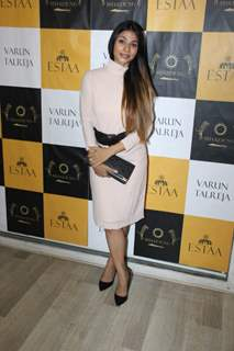 Tanishaa Mukherji Snapped at a Light and Shadow Event
