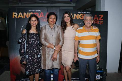 Aahana Kumra with her family at Rangbaaz Screening