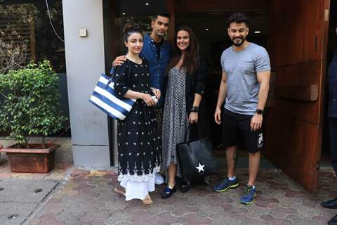Soha Ali Khan, Angad Bedi, Neha Dhupia and Kunal Khemu spotted around the town