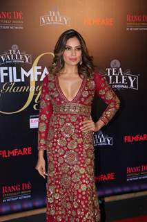 Bipasha Basu attend Filmfare Awards