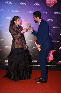 Vicky and Raveena at Nykaa Femina Beauty Awards 2019