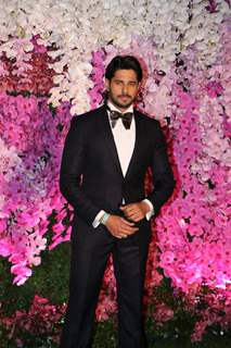 Sidharth Malhotra at Ambani Wedding!