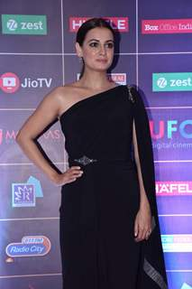 Dia Mirza shines at the REEL Awards!