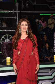 Raveena Tandon on the sets of Super Dancer 3!