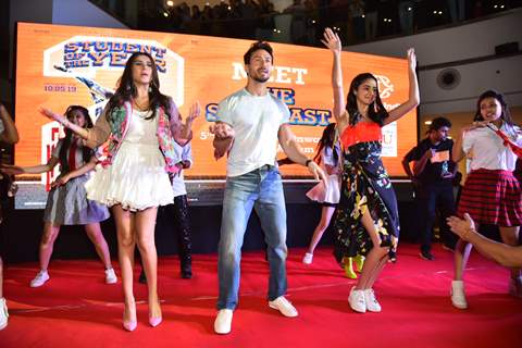 Cast of SOTY 2 shake a leg at the promotions of the film