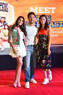 Tara, Tiger and Ananya pose for a picture