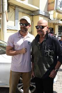 Hrithik Roshan and Rakesh Roshan snapped at Juhu PVR