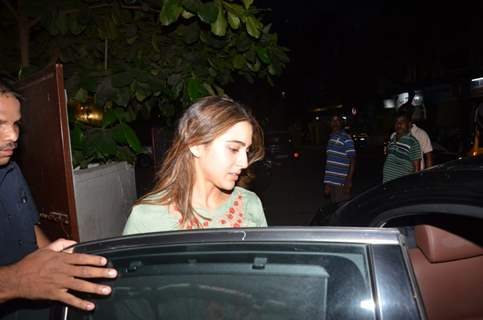 Sara Ali Khan snapped after the wrap up of day's schedule for Love Aaj Kal 2!