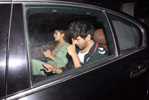 Sara Ali Khan and Kartik Aryan snapped after the wrap up of day's schedule for Love Aaj Kal 2!