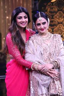 Shilpa and Rekha pose for a picture