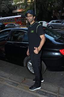 Aditya Roy Kapur snapped around the town!