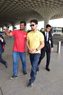 Tiger Shroff snapped at the Airport