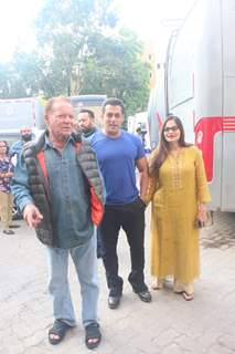 Salman Khan with father Salim Khan and sister Alvira spotted at Mehboob studio for Bharat