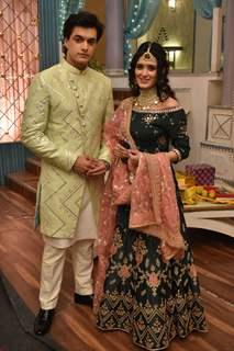Mohsin aka Kartik and Pankhuri aka Vedika on Mehendi ceremony from Yeh Rishta Kya Kehlata Hai