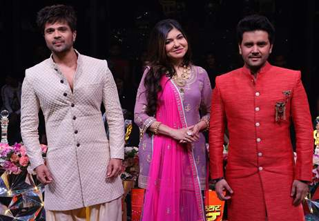 Shaadi Dhamaal On The Sets Of Sony TV's Uperstar Singer