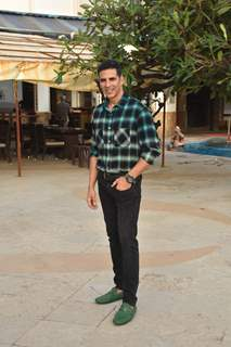 Akshay Kumar enjoys the success of Mission Mangal!