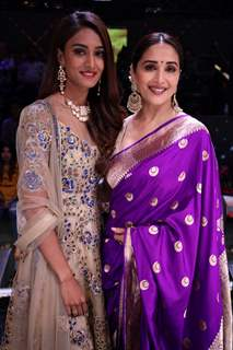 Erica Fernandes and Madhuri Dixit on the set of Dance Deewane