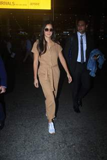 Katrina Kaif snapped at airport!