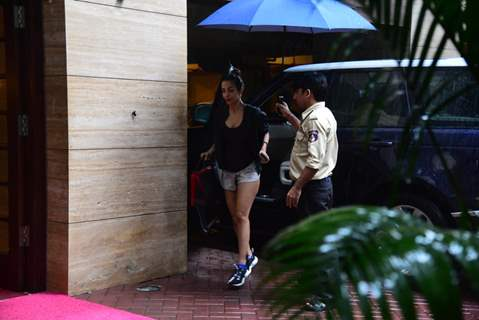 Malaika Arora snapped outside gym!