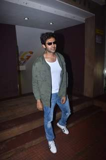 Kartik Aaryan snapped around the town!