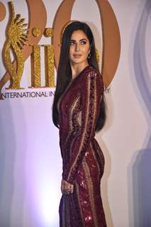 Katrina Kaif walks the Green Carpet!