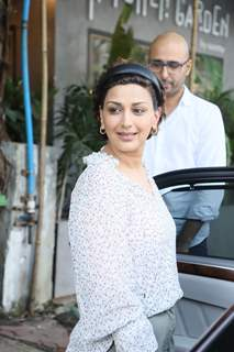 Sonali Bendre snapped around the town!