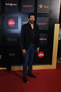 Bollywood celebrities walk the Red Carpet at Jio MAMI 2019!