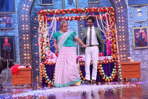 Ali Asgar and Nawazuddin Siddiqui on the sets of Movie Masti with Maniesh Paul