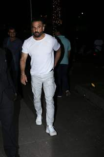 Suniel Shetty papped around the town