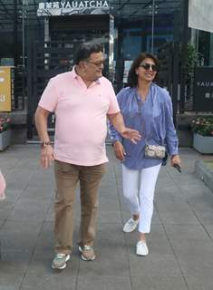 Rishi Kapoor and Neetu Kapoor papped around the town