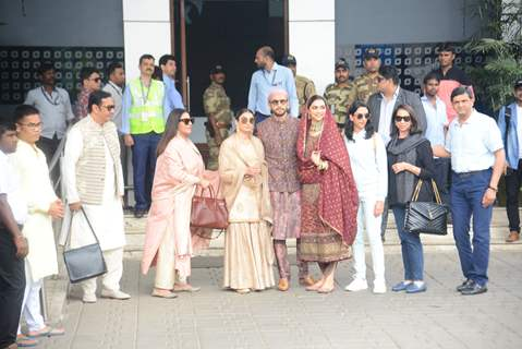 Deepika and Ranveer spotted with their family at Kalina Airport