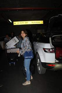 Neetu Kapoor spotted at the airport