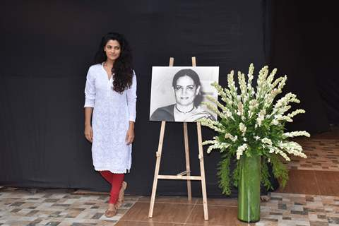 Bollywood celebrities attend the prayer meet of Shaukat Azmi