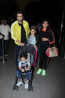 Maniesh Paul papped at the airport with his family