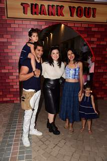 Karanvir Bohra, Teejay Sidhu with twin daughters Bella and Vienna
