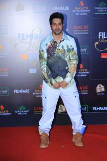 Varun Dhawan papped at the Red Carpet of Filmfare Glamour and Style Awards 2019