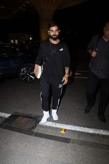 Virat Kohli spotted at the airport