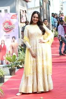Sonakshi Sinha at the promotion of movie Dabangg 3 at Bigg Boss Marathi set