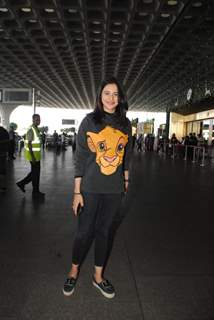 Rakul Preet Singh spotted at Airport