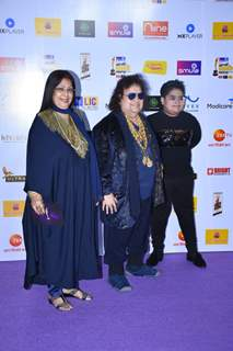 Bappi Lahiri snapped at Mirchi Awards 2020 with his family