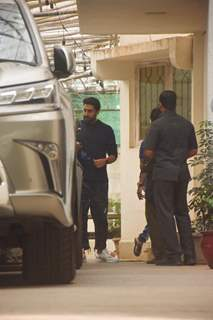 Abhishek Bachchan snapped outside dubbing studio!