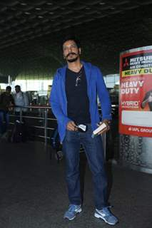 Mahesh Shetty snapped at airport