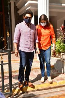 Sachin Tendulkar and wife snapped at a clinic in Bandra