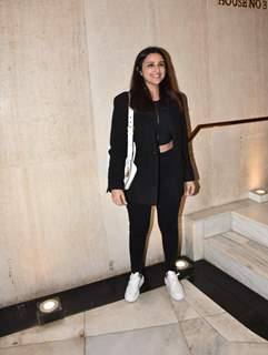 Parineeti Chopra snapped at Manish Malhotra residence